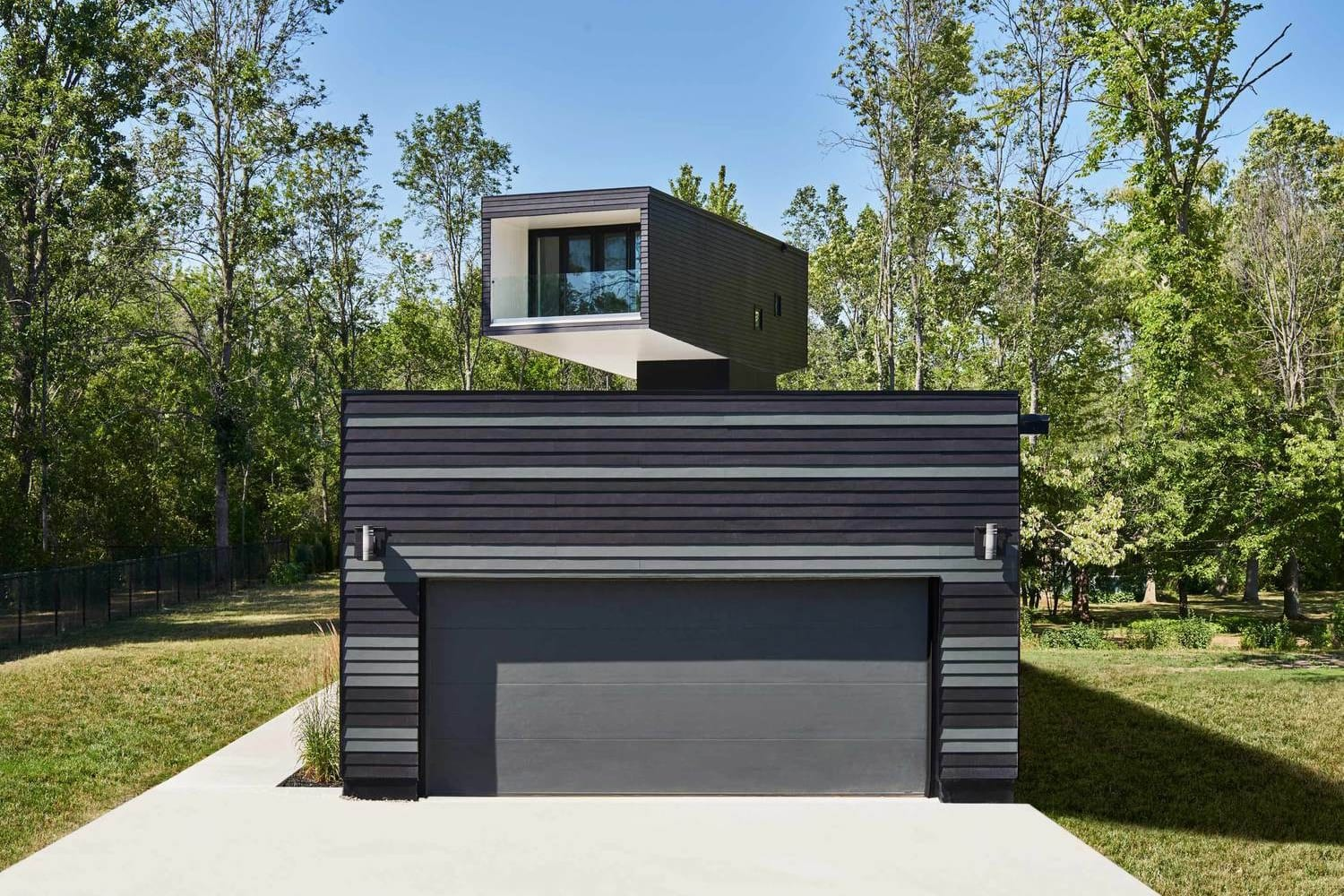 bower-house-by-kariouk-associates-2